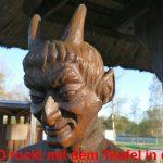UMIWO rockt mit dem Teufel in den Mai